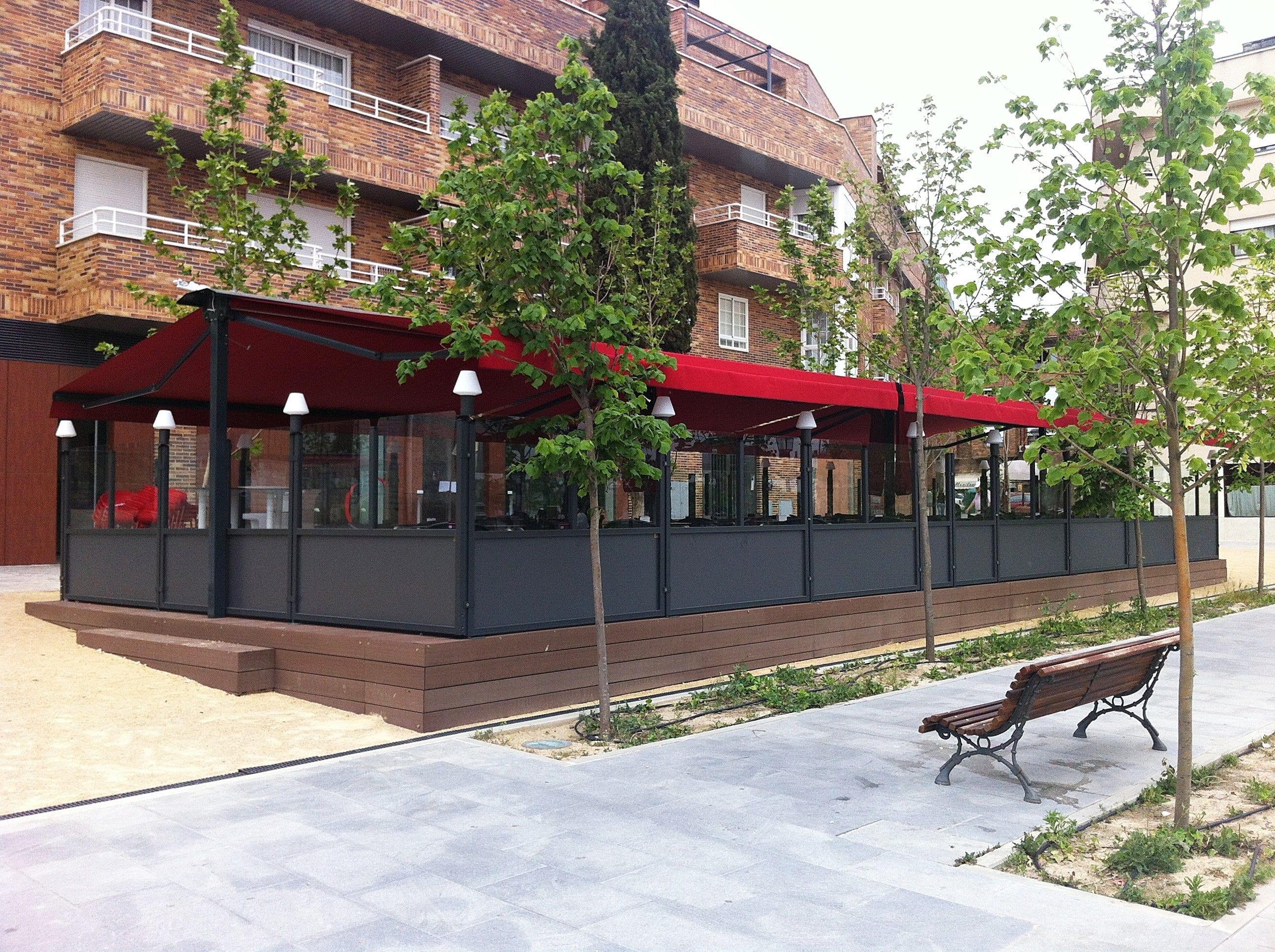Terrazas para hosteleria terrazing restaurante rubido for Viviendas para terrazas